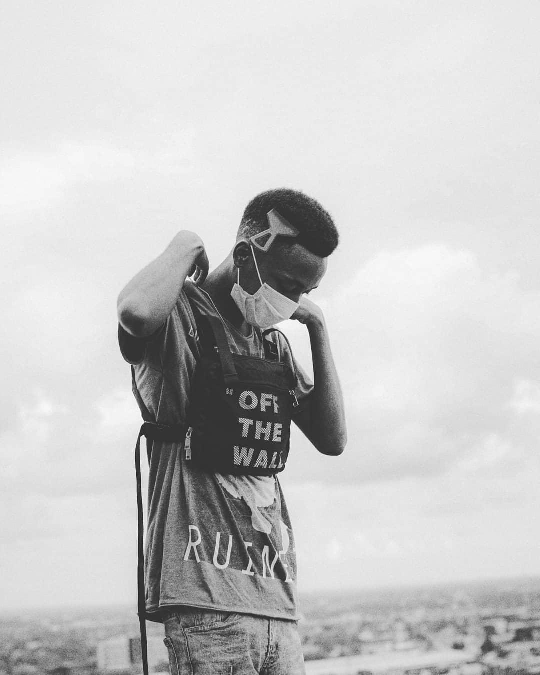 DWIN (MANGI) Photo