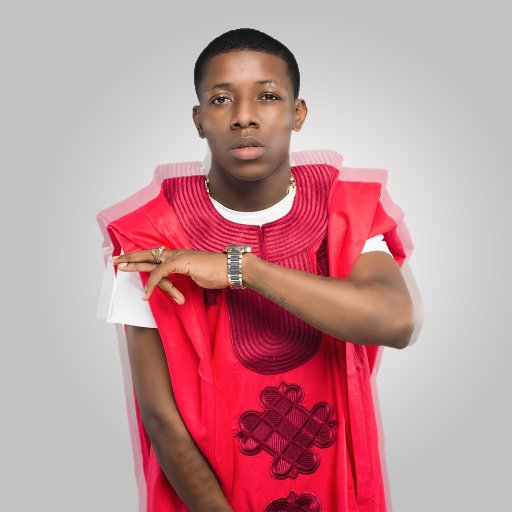 SMALL DOCTOR Photo